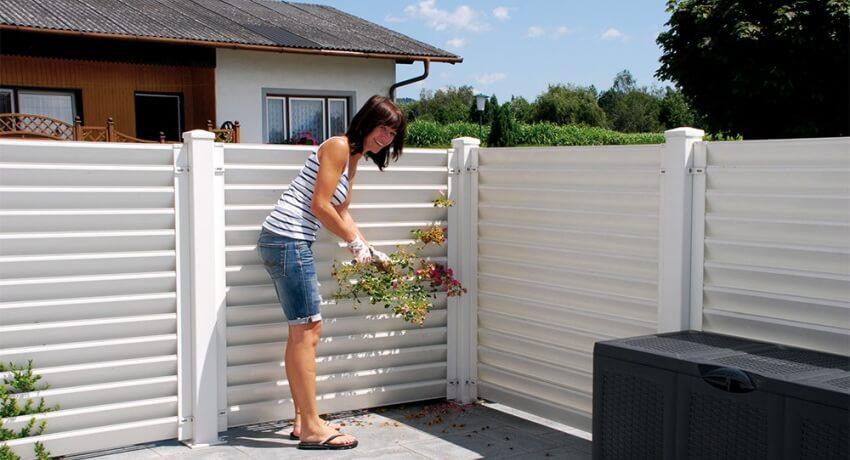 Забор-жалюзи металлический, разновидности и характеристики